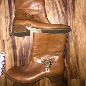 MK brown leather shirt boots